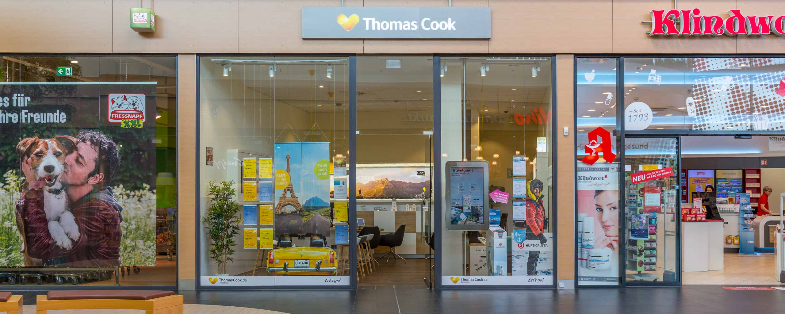 Thomas Cook im LUV SHOPPING in Lübeck